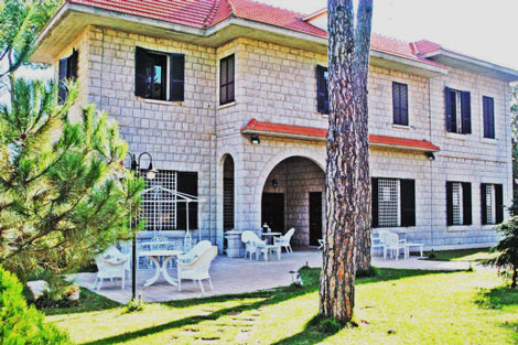 Buy lebanese real estate in lebanon real estate in beirut plots apartments for sale in - Libanese villa ...